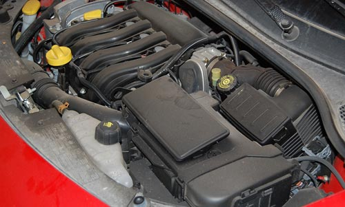 Renault Clio 2007 Engine compartment