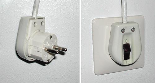 Switched 220V mains plug