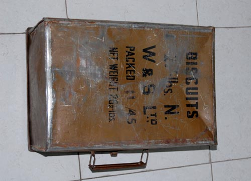 Tinplate suitcase from POW camp
